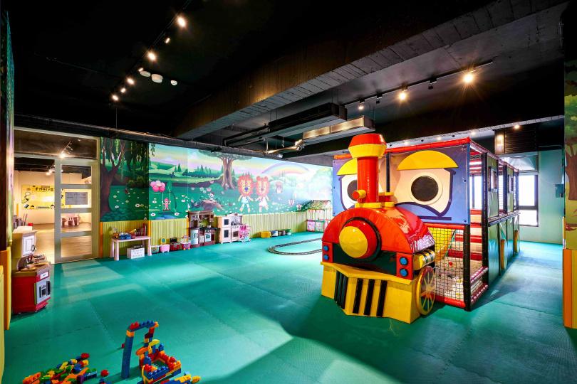 設施豐富的兒童遊戲室。(圖/松風文旅提供)
