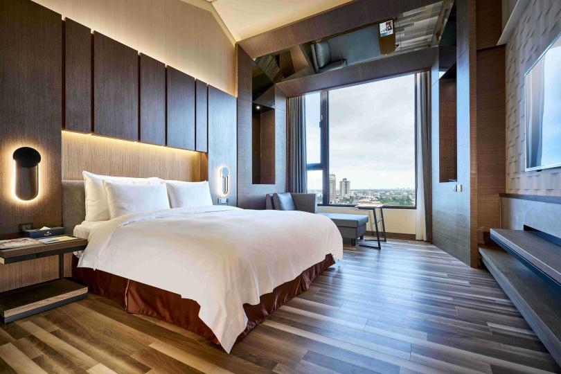全館共有六種房型、82間房,全房型皆挑高設計。(圖/松風文旅提供)