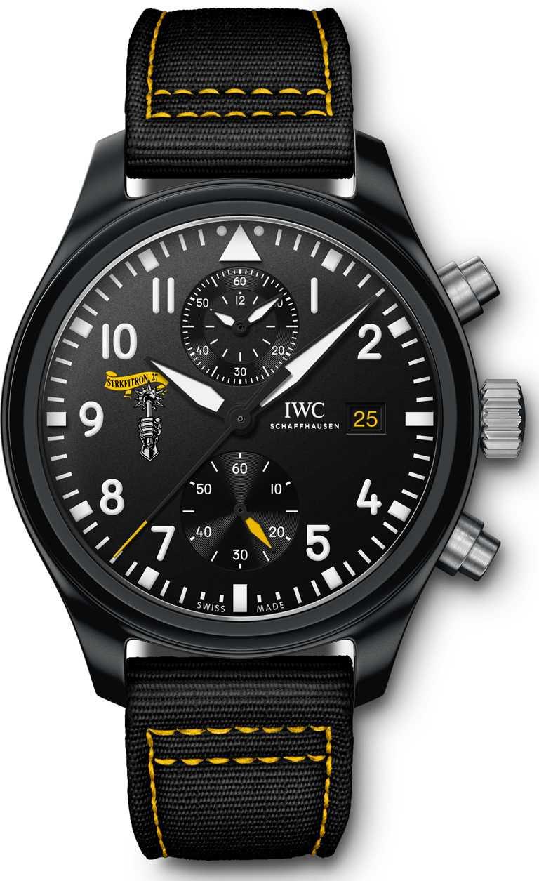 IWC「Top Gun海軍空戰部隊飛行員」系列計時腕錶,型號IW389101。(圖╱IWC提供)