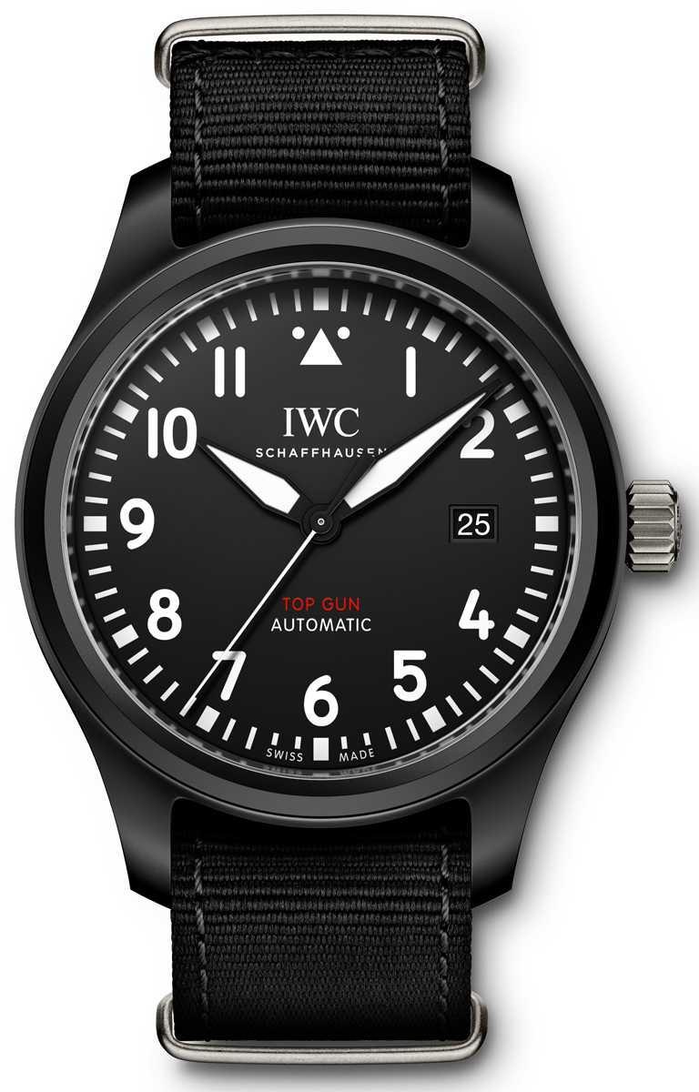 IWC「Top Gun海軍空戰部隊飛行員」系列自動腕錶,型號IW326901。(圖╱IWC提供)
