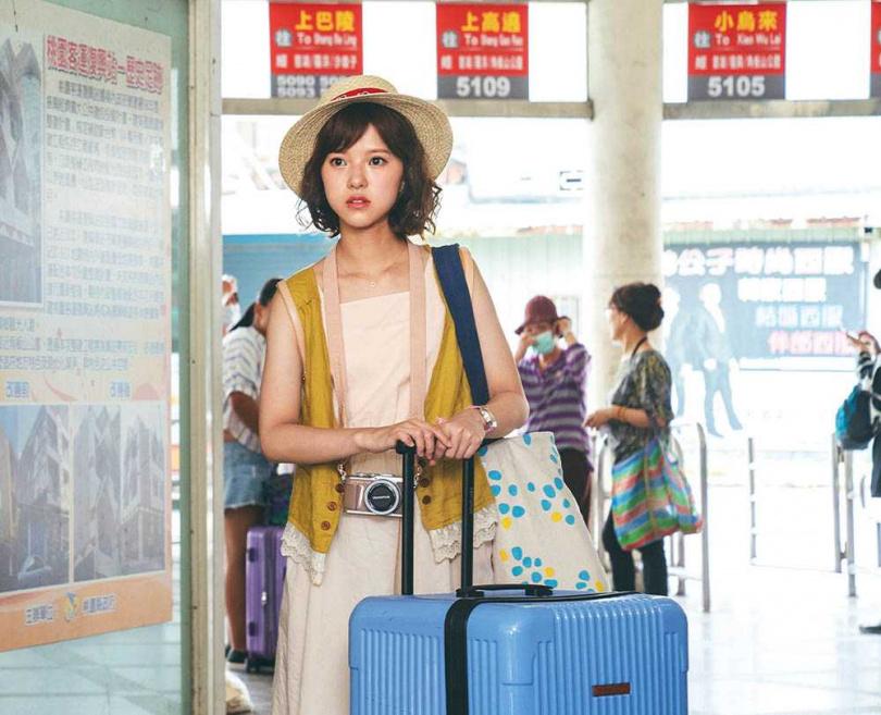 項婕如劇中飾演YouTuber「陳暖暖」,角色的勇敢跟無所顧忌讓她特別欣賞。(圖/東森電視、映畫傳播提供)