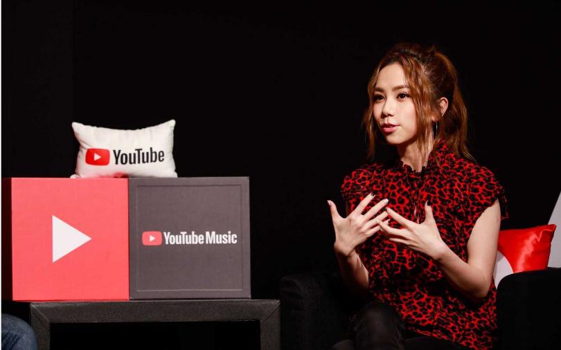 鄧紫棋點擊率登YouTube台灣區女歌手影片人氣榜之冠,YouTube特別跟她合作辦〈摩天動物園〉MV首播。(圖/索尼音樂)