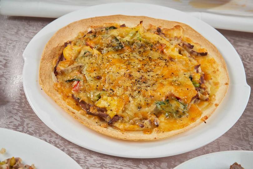 爐烤鴨胸披薩。(圖/天成大飯店TICC世貿會館提供)