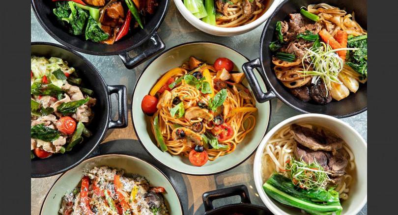 個人享用「五星獨饗套餐」,有8款中西經典佳餚,和冠軍清燉與紅燒牛肉麵。(圖/台北晶華酒店提供)