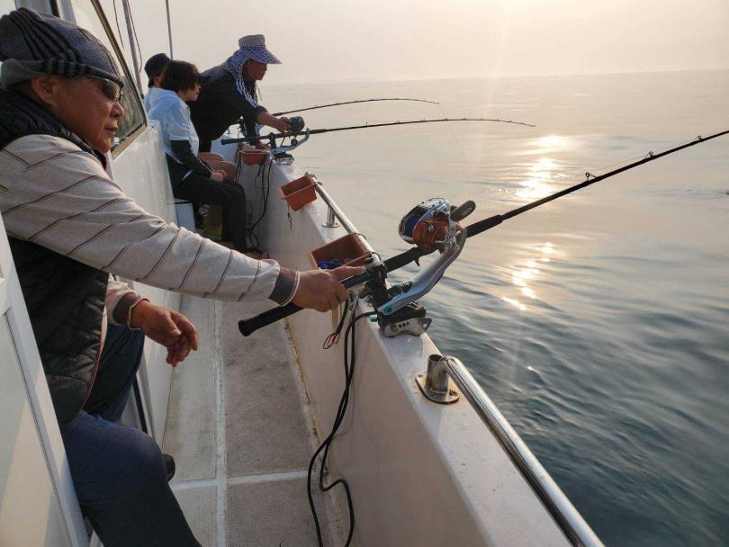 「海鮮防疫箱」是船長們每日出海捕捉的新鮮漁獲。