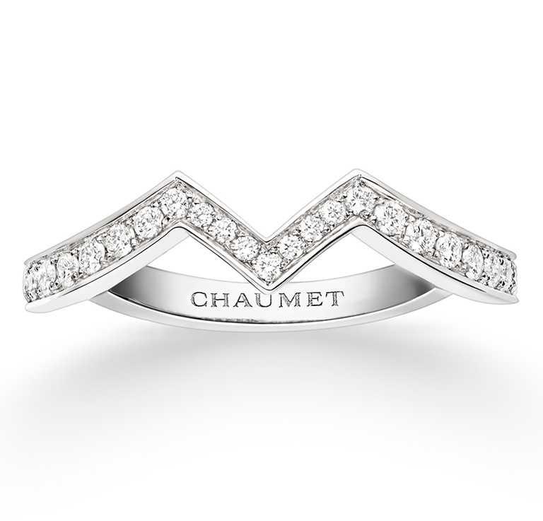 CHAUMET「Joséphine Amour d'Aigrett系列」鉑金鑽戒╱110,000元。(圖╱CHAUMET提供)