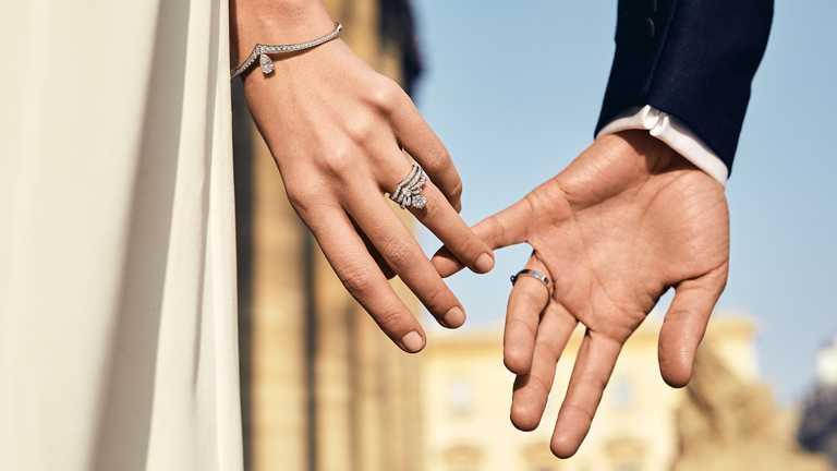 CHAUMET「Crown Your Love為愛加冕」婚嫁系列珠寶。(圖╱CHAUMET提供)