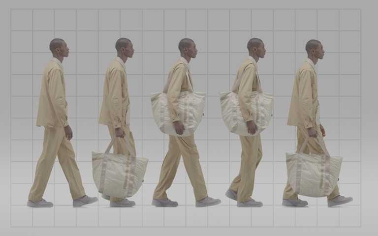 服飾系列及單肩包建議售價為NT3,280-5,880。(圖/Converse)