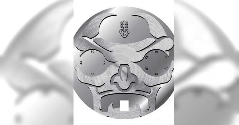 崑崙表從日本武士在出征時所配戴的妖怪面具(Oni mask)得到靈感,創作出與以往大異其趣。