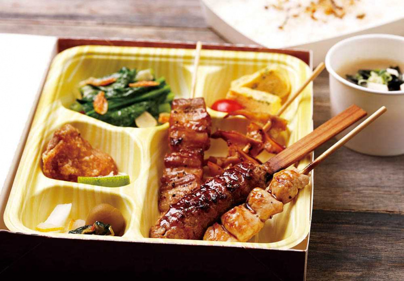 店內招牌串燒一次備足的「烤綜合串燒」。(240元)(圖/餐廳提供)