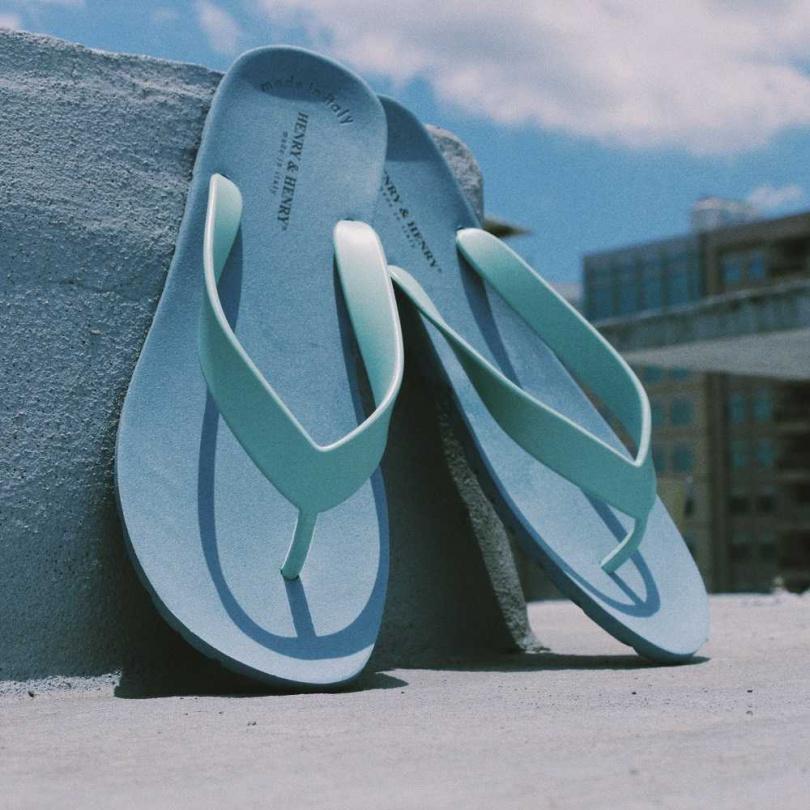 HENRY&HENRY夾腳拖新色「薄荷綠x霧霾藍」。
