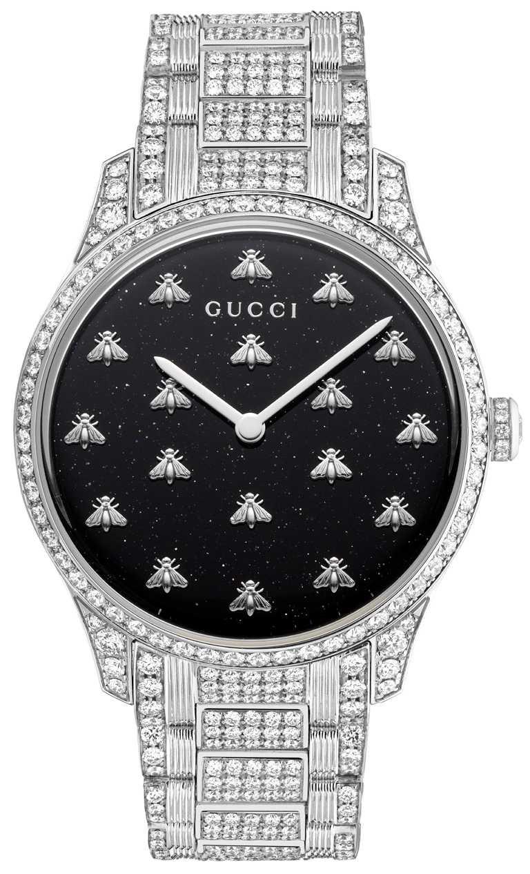 GUCCI「G-Timeless Dancing Bees」白金鑲鑽腕錶╱價格店洽。(圖╱GUCCI提供)
