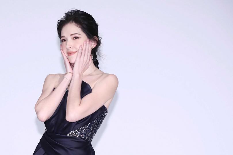許瑋甯和男友穩定交往,演出人妻順變預習婚姻生活。(圖/彭子桓攝影)