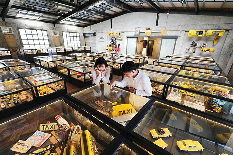 Taxi Museum計程車博物館收藏人們的記憶,很容易讓人玩到忘記時間。(圖/于魯光攝)