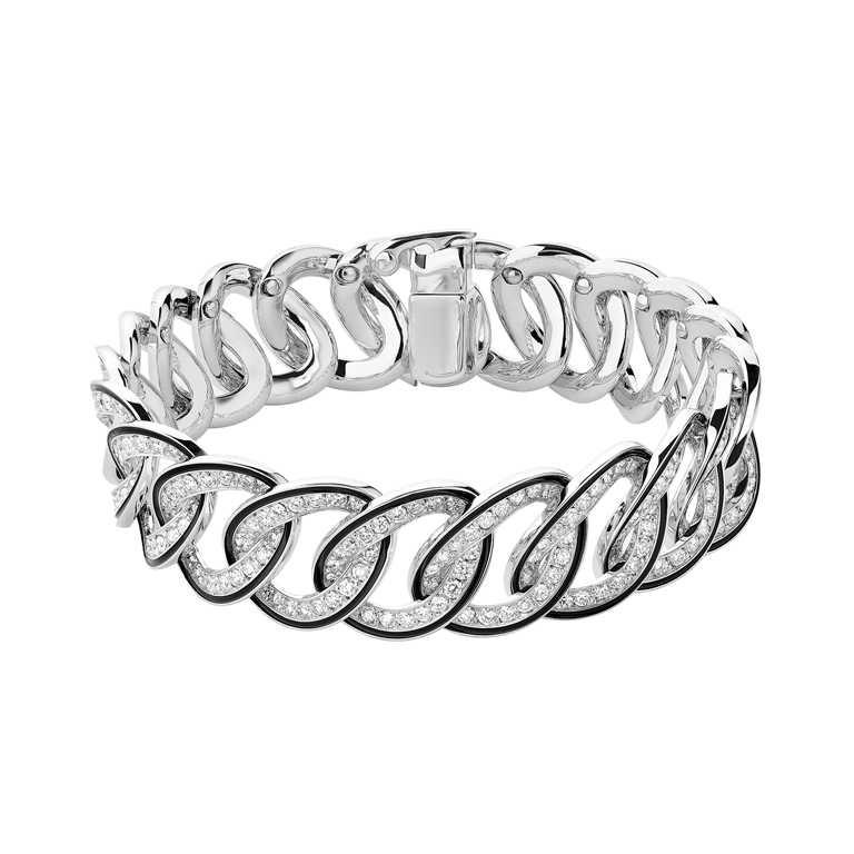 BOUCHERON「LISERÉ」系列珠寶,白金環圈鑲鑽手鍊╱1,790,000元。(圖╱BOUCHERON提供)