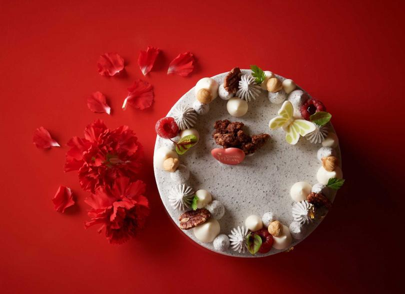 六吋養生高纖雜糧蛋糕售價780元。