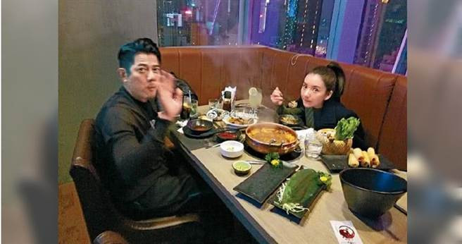 小倆口甚至在方媛生日前一天共進晚餐,被眼尖網友目擊。(圖/翻攝自紅人站微博)