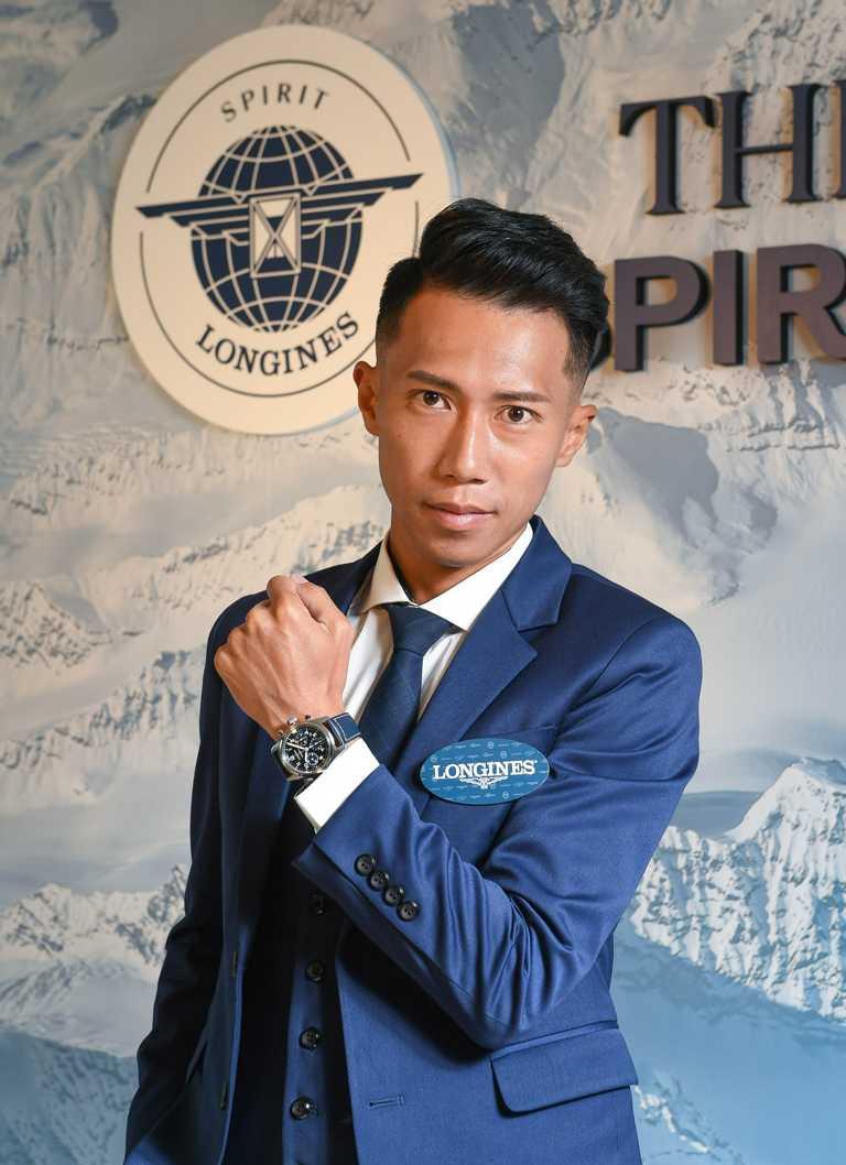 「極地遠征冠軍」陳彥博,出席LONGINES浪琴表「Spirit先行者」系列腕錶發表會,手上佩戴藍色太陽紋面盤計時碼錶╱100,300元。(圖╱LONGINES提供)