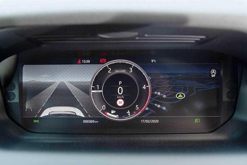 12.3吋的數位儀表,同時整合各項行車資訊。(攝影/黃耀徵)