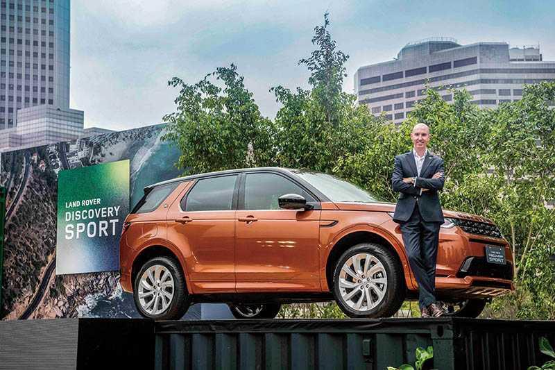 台灣捷豹路虎總經理Garth Turnbull表示,DISCOVERY SPORT是讓人深入感受LAND ROVER品牌精神的重要車款。(圖/業者提供)