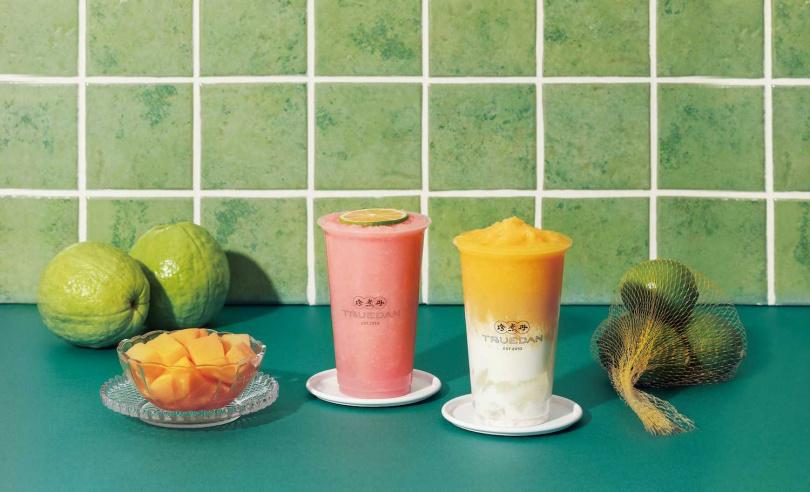 「胭花芭檸雪沙」和「芒果海雁雪沙」兩款水果雪沙系列飲品,讓台式酸甜滋味沁入心扉!(圖片提供/珍煮丹)