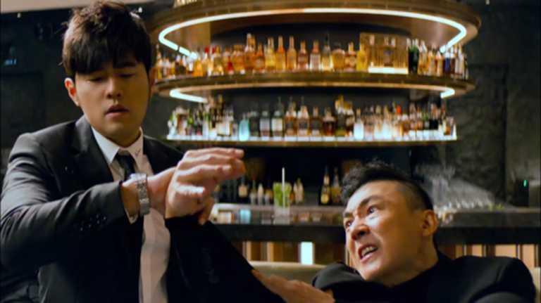 周杰倫攜同交情深厚的藝界好兄弟劉畊宏,一同入鏡拍攝TUDOR「Royal皇家系列」腕錶廣告。(圖╱翻攝自IG)