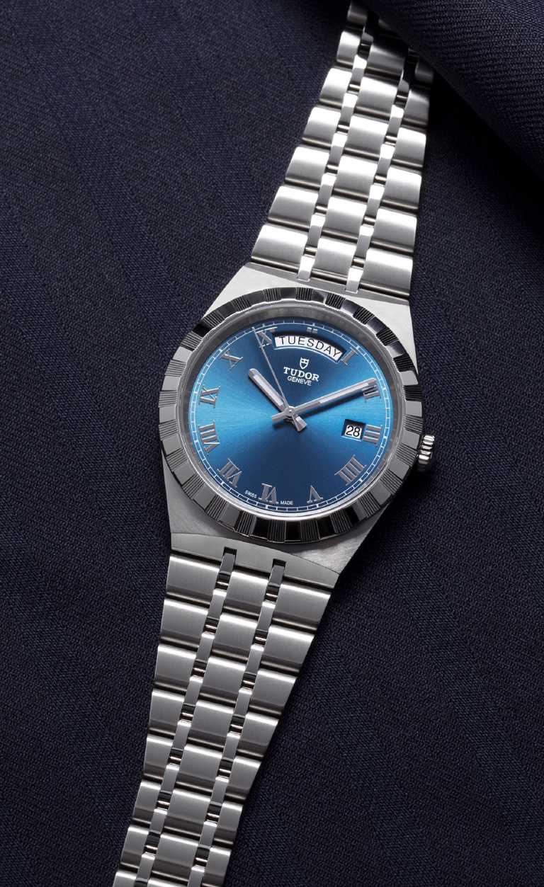 TUDOR「Royal皇家系列」腕錶╱316L不鏽鋼錶殼,精鋼錶帶,41mm╱73,500元。(圖╱TUDOR提供)