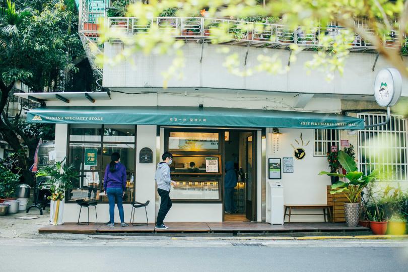 台中甜點名店「八時神仙草」首次來台北開設形象店。(圖/八時神仙草提供)