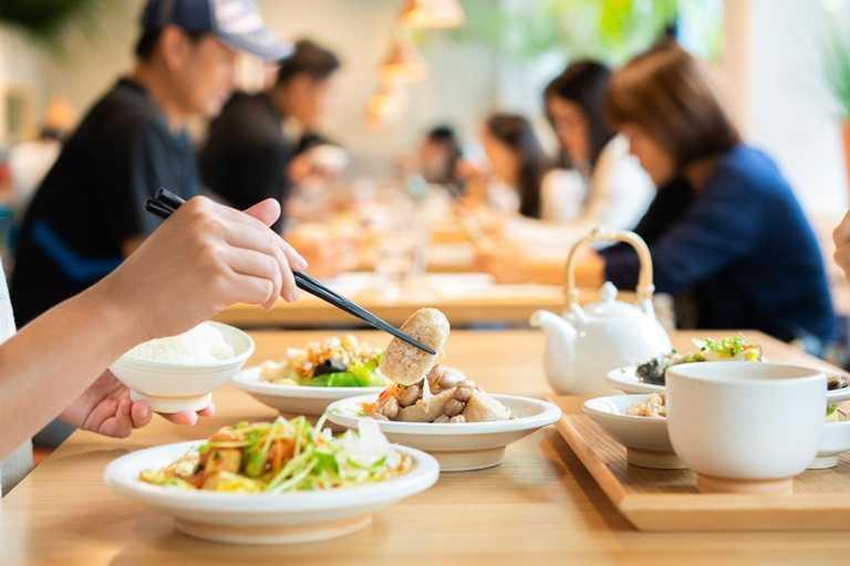 充滿無印風的「食習」,以提供台菜定食為主。
