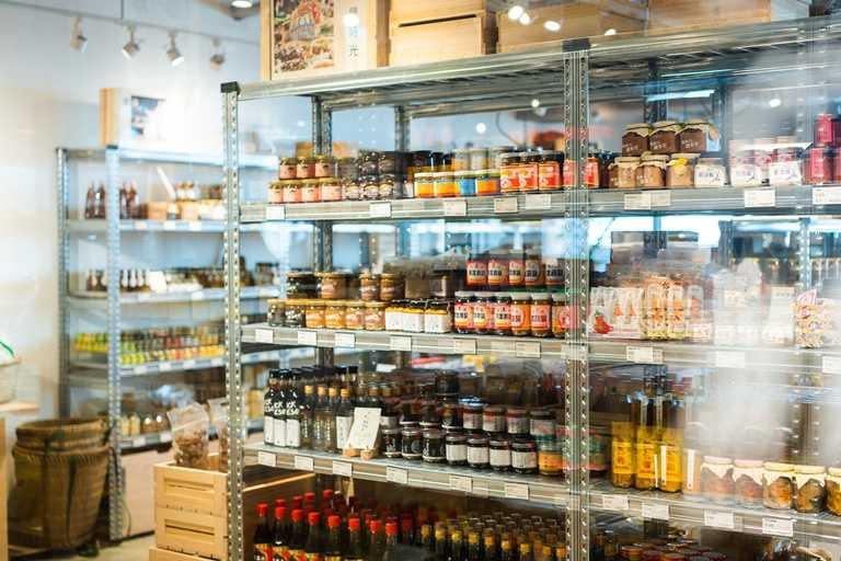 「食習」菜單上的食材、調味料皆能在「神農生活」購得。