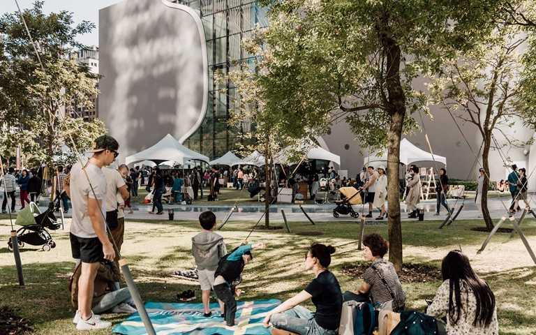 2019歌劇院戶外草地市集活動照片。