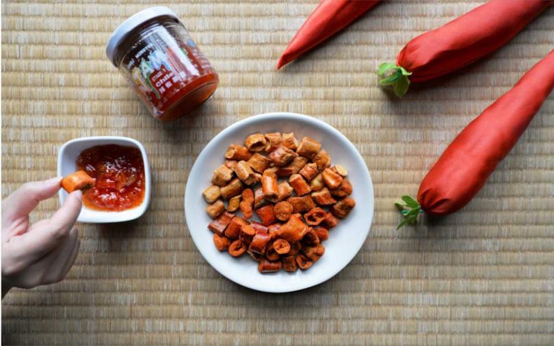 有機栽培和無農藥栽植出的辣椒製成的果醬,和各級辣度的餅乾。(圖/捷絲旅)