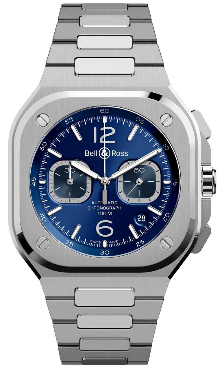 Bell & Ross「BR 05」系列Chrono Blue Steel計時腕錶,精鋼錶鍊,藍色錶面款,42mm╱211,000元。(圖╱Bell & Ross提供)