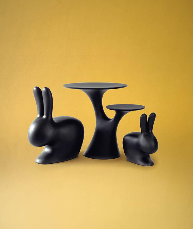 搭配「Rabbit Chair」使用的「Rabbit Tree桌子」,售價369歐元(約新台幣9,665元)。