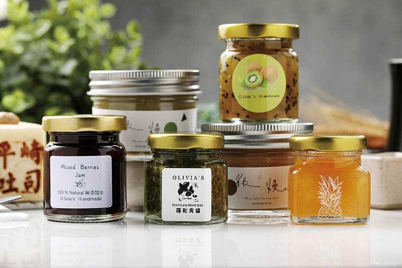店裡合作3種果醬品牌,供客人7選3搭配吐司食用。(圖/于魯光攝)