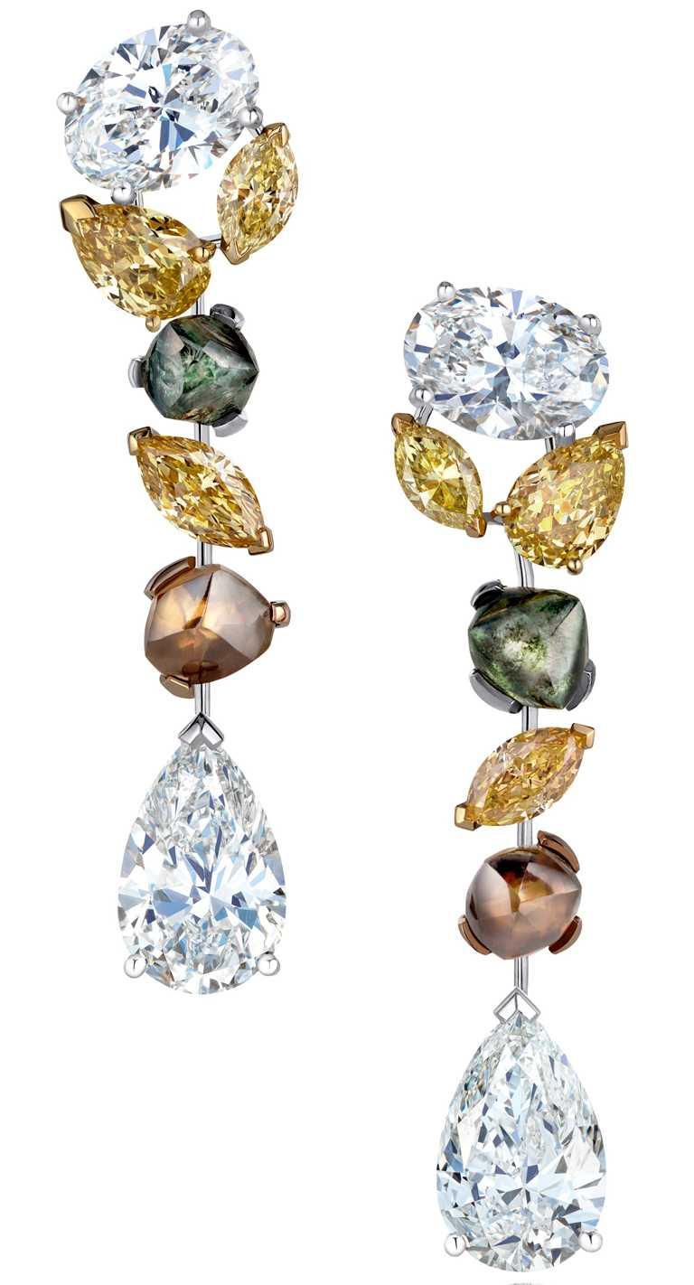 DE BEERS「Soothing Lotus」系列,頂級珠寶鑽石耳環╱6,950,000元。(圖╱DE BEERS提供)