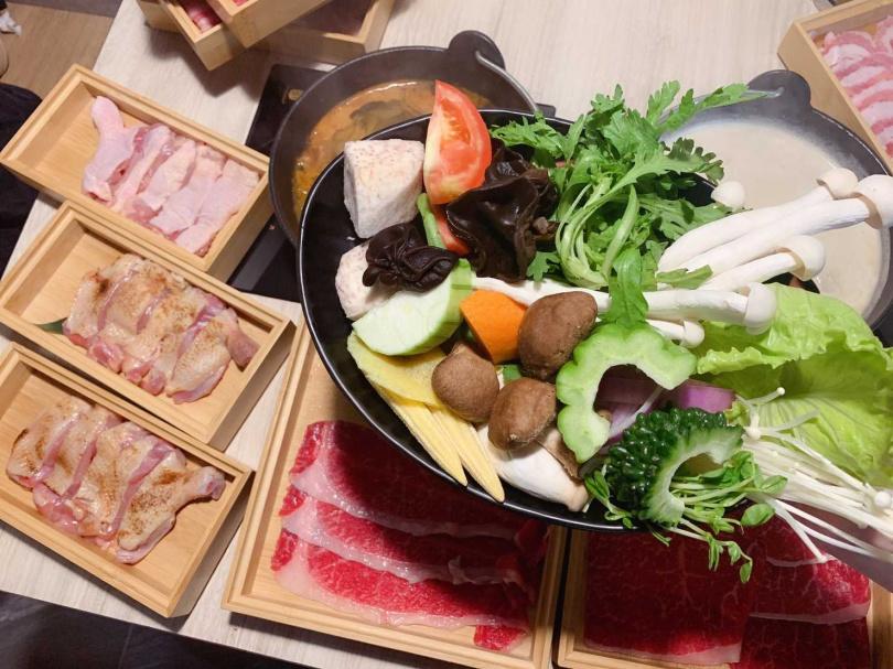 個人獨享鍋物吃到飽只要788元起,可享用到11款冷藏肉品,超級划算!