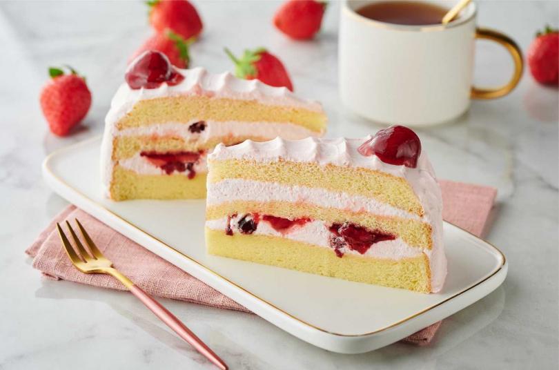 草莓奶霜波士頓裏頭,有著滿滿草莓果餡夾入波士頓蛋糕體。(95元)(圖/全聯 We Sweet)