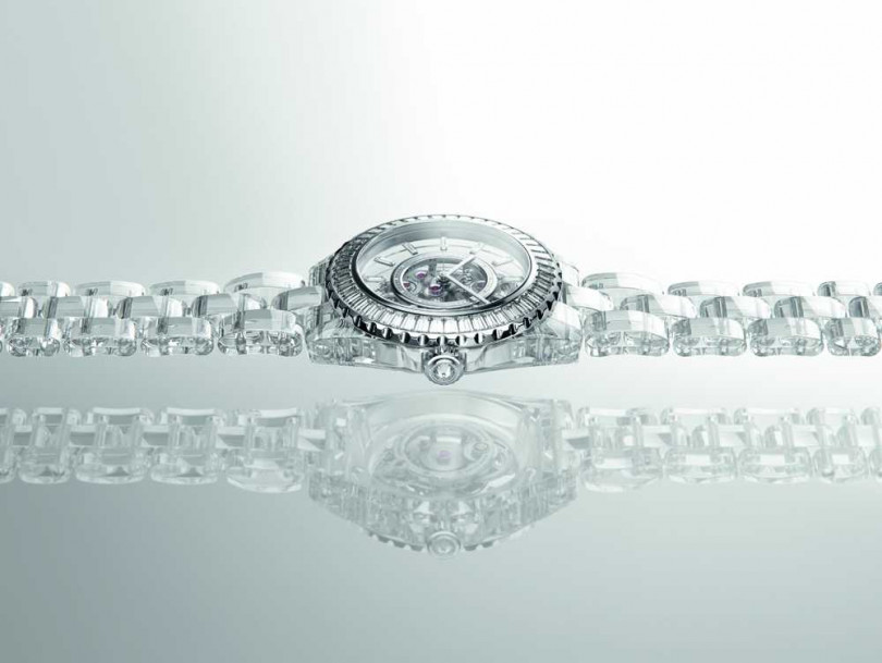 CHANEL「J12 X-RAY」腕錶╱19,952,000元(圖片提供╱CHANEL)