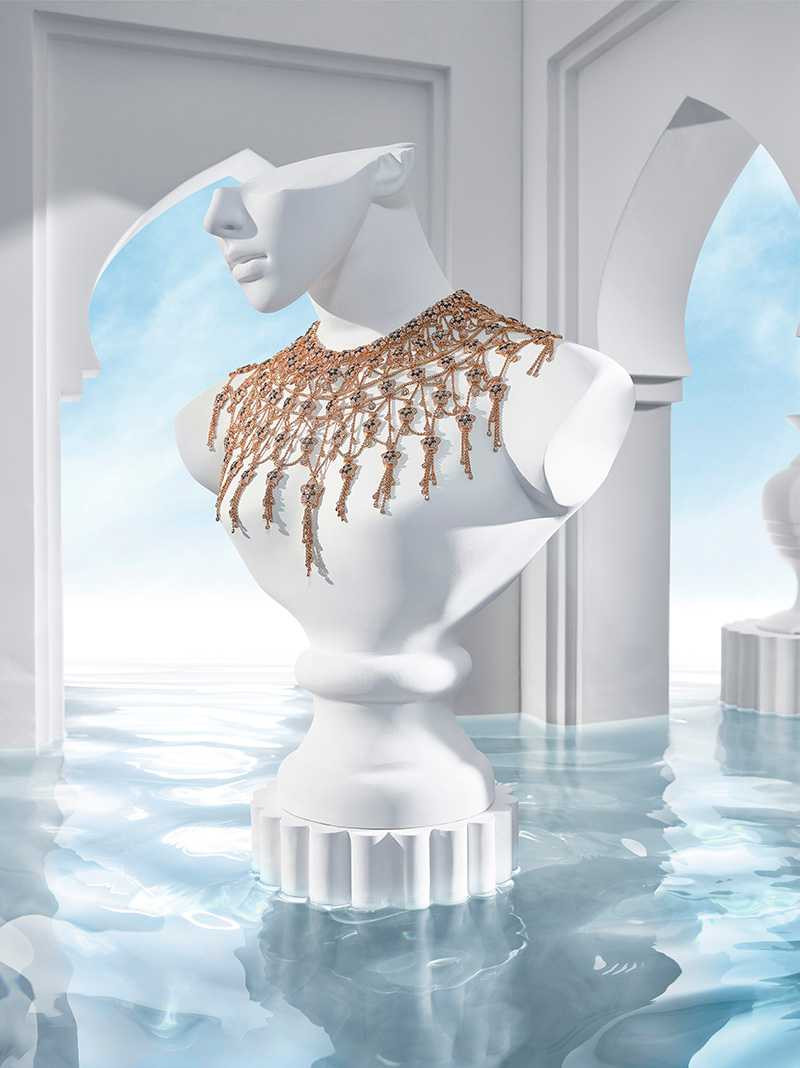 BVLGARI「JANNAH系列」頂級玫瑰金鑽石披巾頸鍊(圖╱BVLGARI提供)