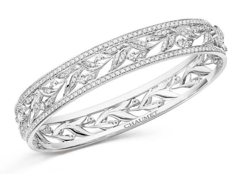 CHAUMET「Laurier」系列,18K白金鑽石手環╱2,000,000元。(圖╱CHAUMET提供)