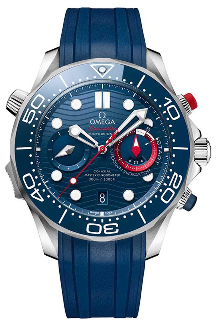 OMEGA「Seamaster海馬潛水300米」系列美洲盃計時碼錶,44mm,不鏽鋼錶殼,橡膠錶帶,9900型同軸擒縱大師天文台機芯╱336,000元。(圖╱OMEGA提供)