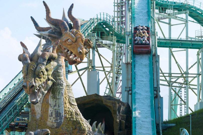 「飛越愛情海」為全台最高的高速俯衝式噴水遊樂設施。