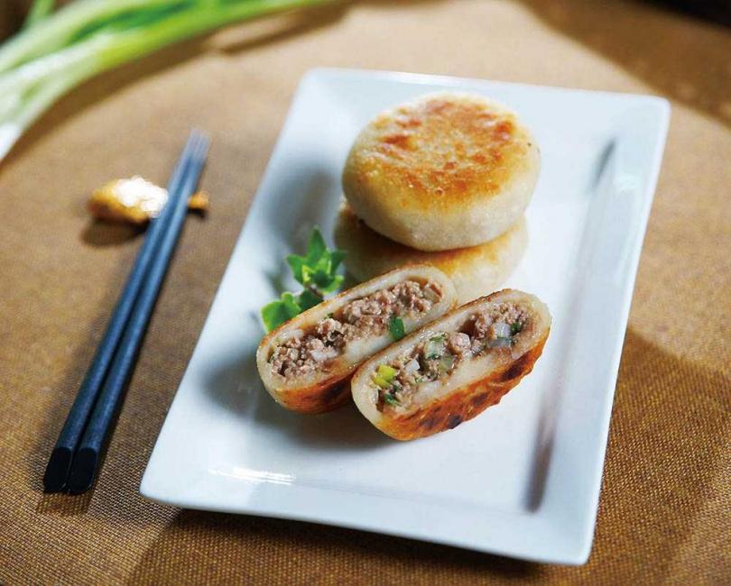 「東浙鮮麵點小廚房」手工爆汁豬肉餡餅。(原價220元/1包10入,Pinkoi)