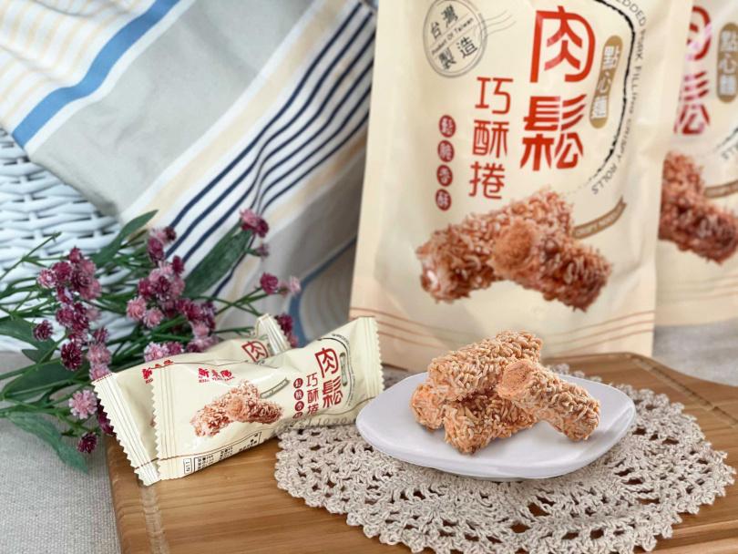 兩款「新東陽肉鬆巧酥捲」在5月9日前都享新品上市嘗鮮價119元,圖為點心麵口味。(圖/新東陽提供)