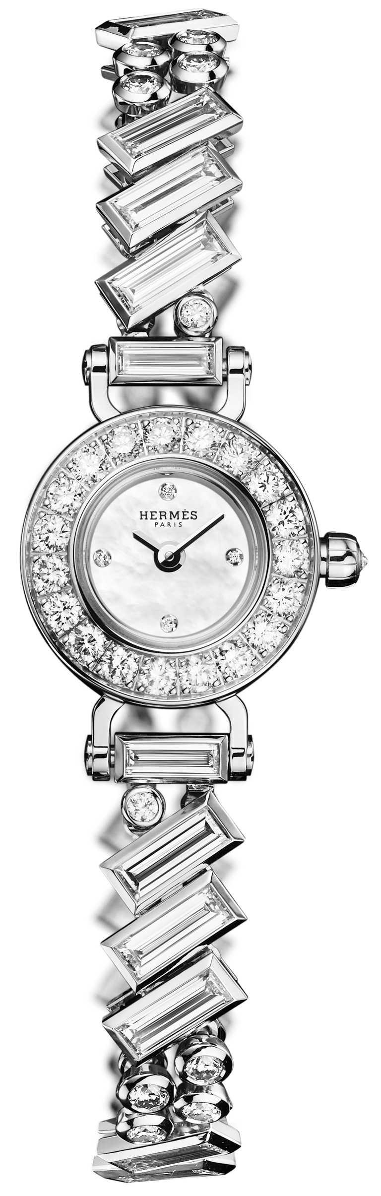 HERMÈS「Faubourg Polka」腕錶,白金錶殼,15.5mm,鑽石107顆╱價格未定。(圖╱HERMÈS提供)