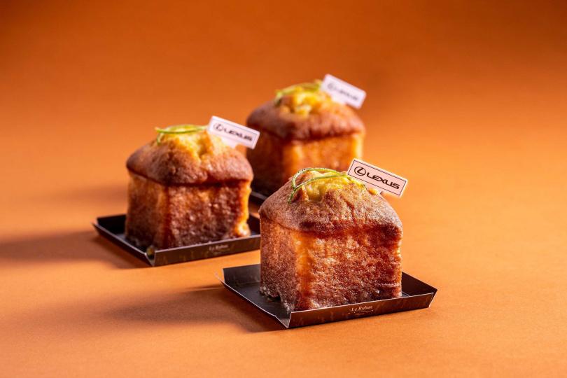 「Lexus檸檬蛋糕」以經典檸檬糖霜和溫潤磅蛋糕酸甜平衡,特殊的方形蛋糕造型,兼顧美麗與飽足感