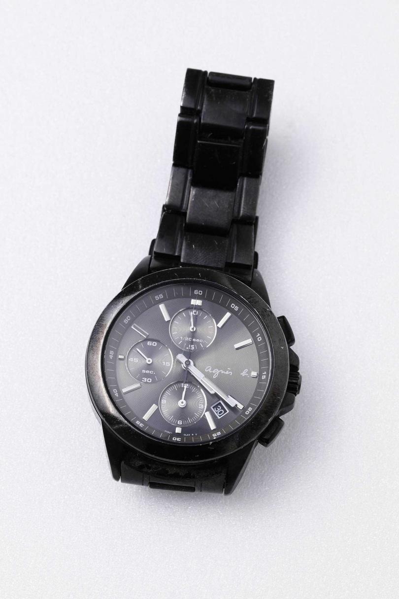 agnès b.三眼計時碼錶/約7,000元(好友贈送)(圖/戴世平攝)