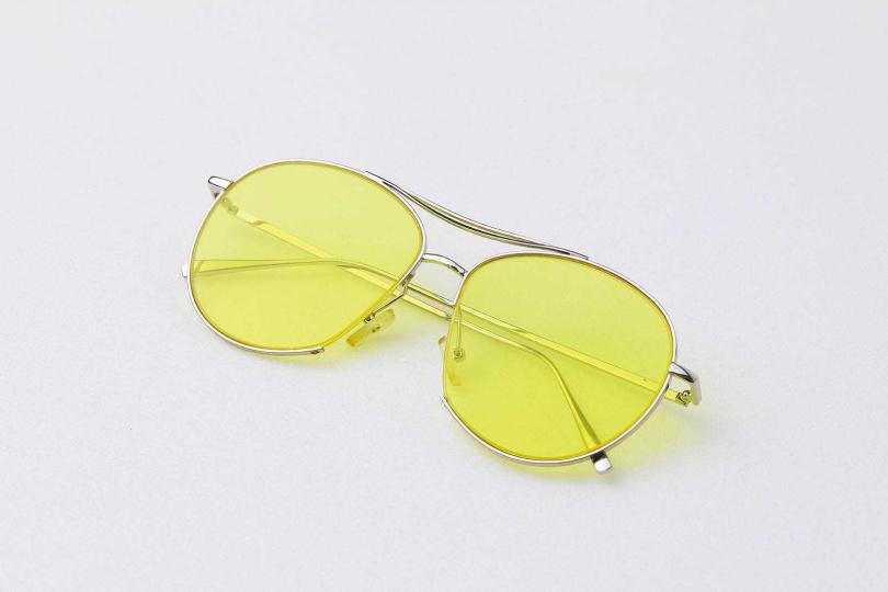 有色墨鏡/約1,000元(韓國代購)(圖/戴世平攝)