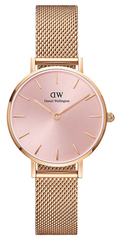 DANIEL WELLINGTON「Petite Melrose」柔光粉腕錶,32mm╱5,490元。(圖╱DW提供)